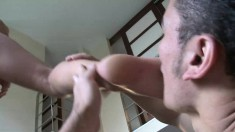 Diana Blonde Gets Her Feet Licked And Kissed Before She Foot Fucks
