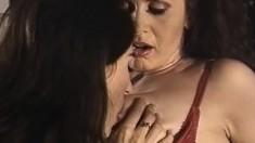 Amateur college lesbian fingering