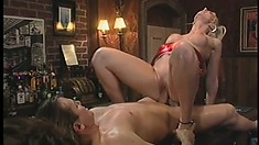 Beautiful slut Hannah Harper gives her ass up for some fun in public