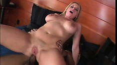 Formful lady Daphne Rosen finds perfect penis for long and rough banging