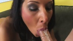 Horny raven haired hottie vibes her clit as he fucks her slit
