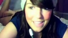 Pretty one at the webcam reveals hot bust