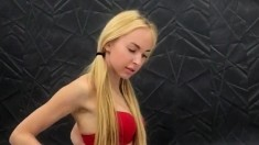 Very Horny 19 Yo Blonde With Stockings Bating On Webcam