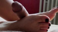 Amateur Footjob Cum On Sexy Feet