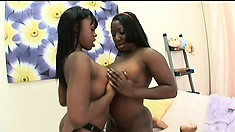 These black beauties use the double headed dildo to cum with