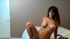 Hot Mature Amateur Squirting Meaty Pussy Lips in Closeup